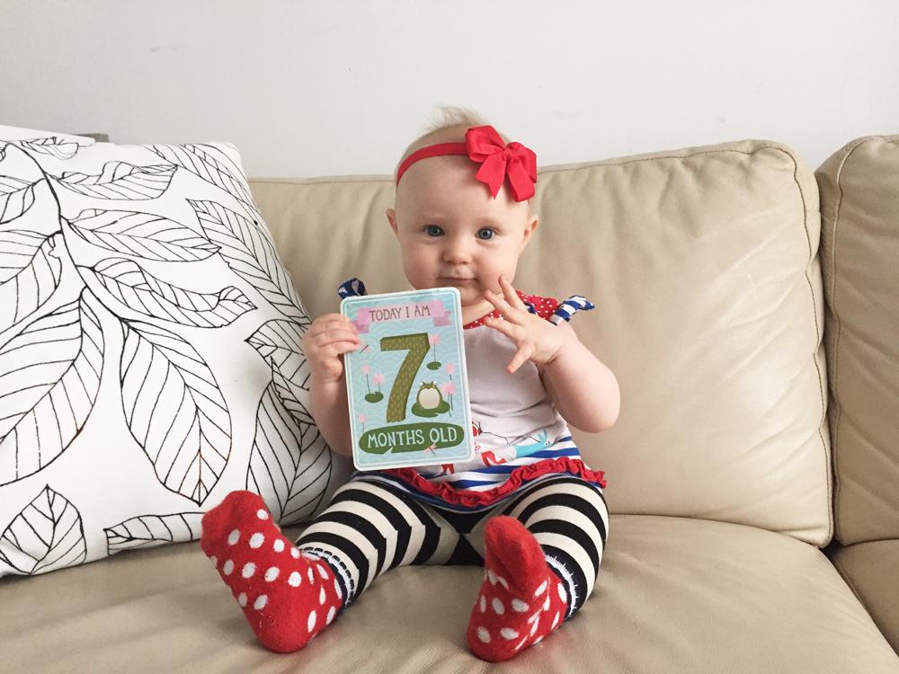 milestone baby cards meilenstein babykarten style pray love. Black Bedroom Furniture Sets. Home Design Ideas