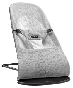 Babybjörn-baby-wippe-balance-soft-silber-weiss