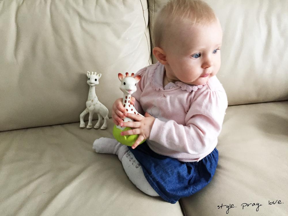 sophie-die-giraffe-2