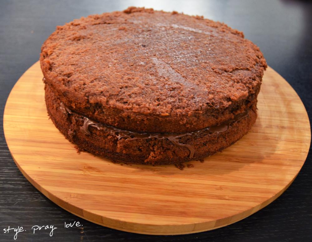 pinata-geburtstags-kuchen-flugzeug-torte-13-spl