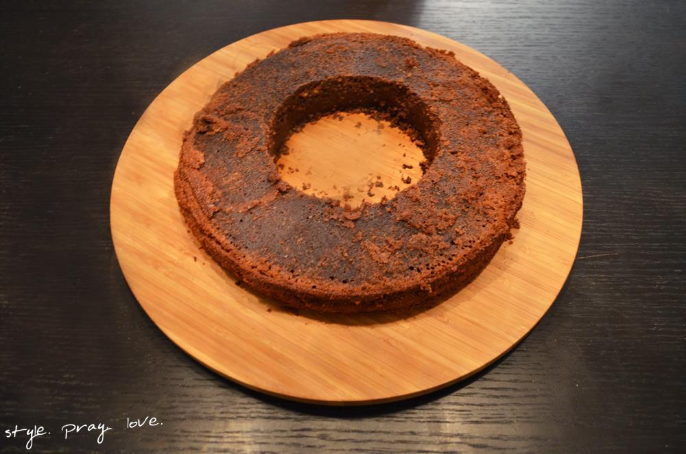 pinata-geburtstags-kuchen-flugzeug-torte-6-spl