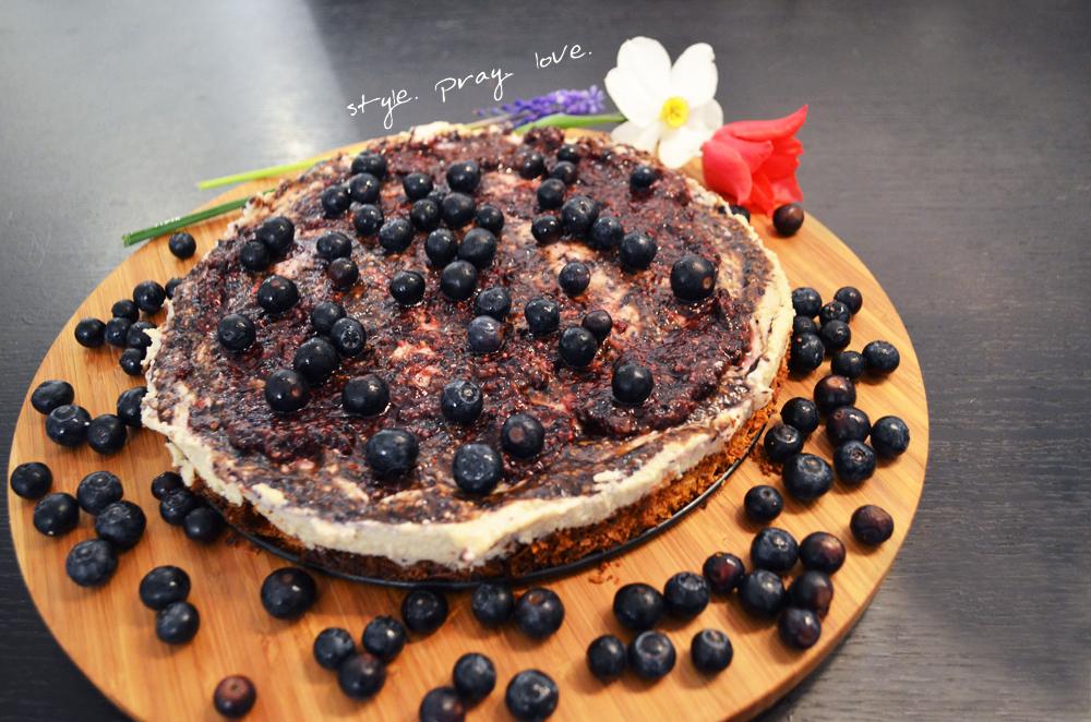 veganer-blaubeer-cashew-cheesecake-1-spl