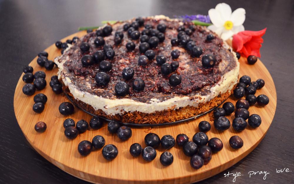 veganer-blaubeer-cashew-cheesecake-2-spl