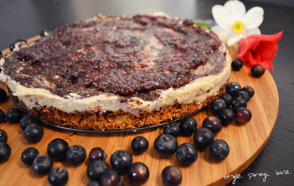 veganer-blaubeer-cashew-cheesecake-5-spl