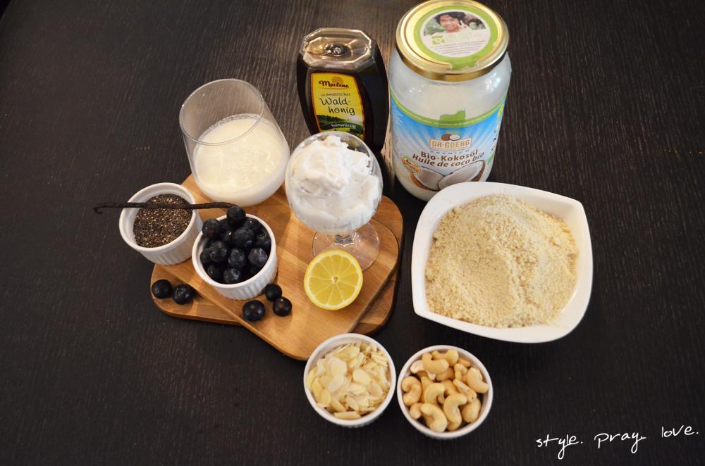 veganer-blaubeer-cashew-cheesecake-7-spl