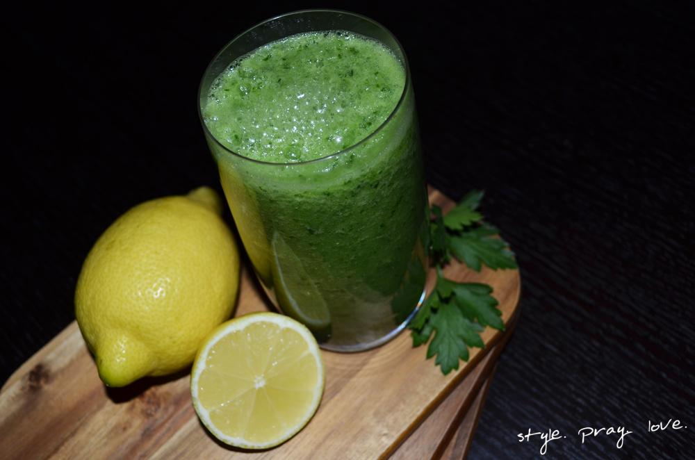 detox-drink-green-smoothie-1-spl