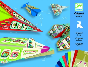 origami-flugzeuge-aus-papier