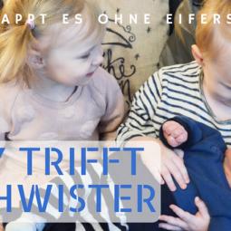 Baby trifft auf Geschwister – so klappt es ohne Eifersucht