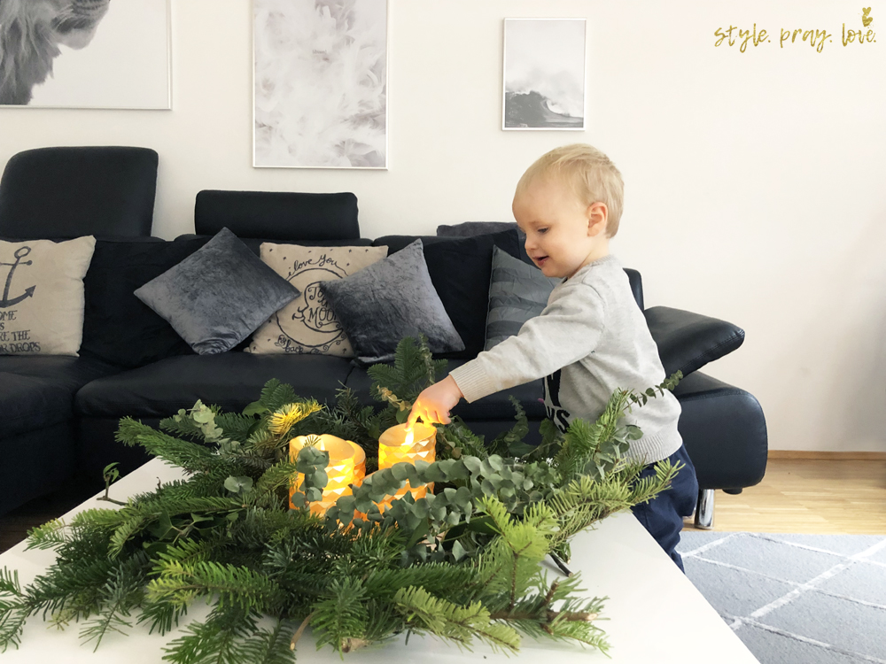 diy wilder adventskranz so schnell und kindersicher style pray love. Black Bedroom Furniture Sets. Home Design Ideas